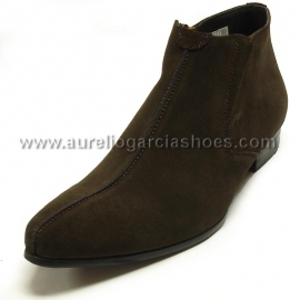 FI-3101-S Brown Suede Encore By Fiesso